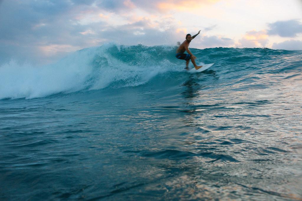 Pelabuhan Ratu Tempat Terbaik Surfing Di Indonesia