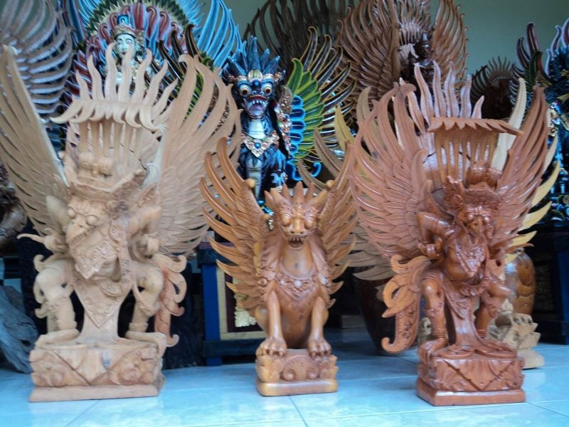 kerajinan kayu khas Bali