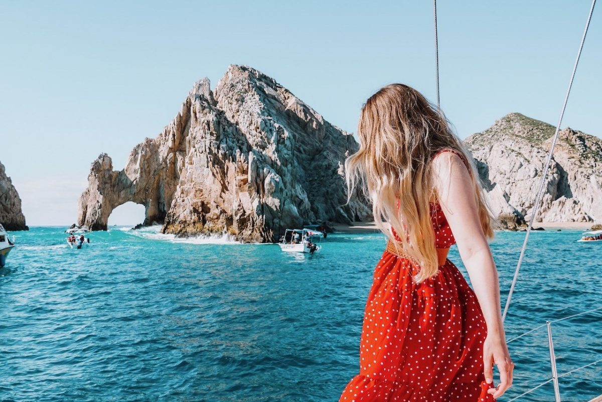 TRAVELING IN CABO SAN LUCAS - WHAT TO DO AND WHERE TO GO ON YOUR CABO SAN LUCAS VACATION